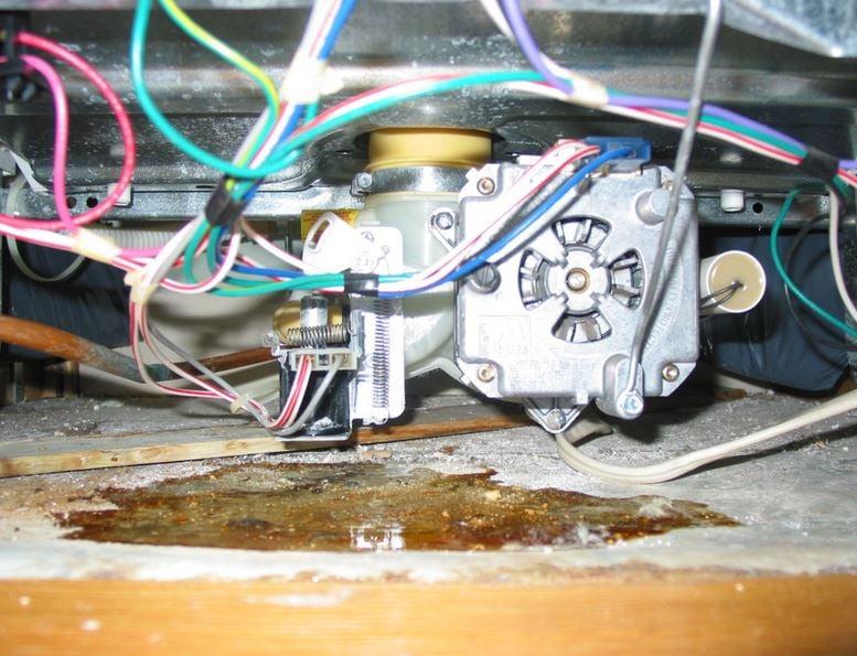 5 Benefits of Regular Water Leak Detection in Your Home